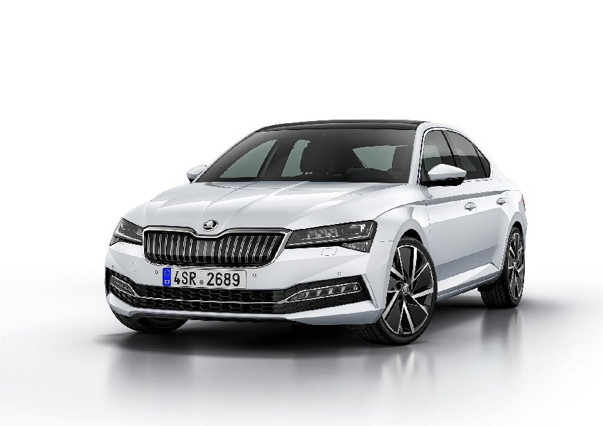 SKODA-SUPERB-iV_2.jpg
