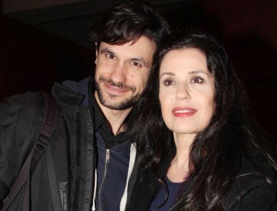 """Παντρεύτηκε η Μαρία Τζομπανάκη - Την """"παρέδωσε"""" στον γαμπρό ο γιος της, Ορφέας  Αυγουστίδης"""