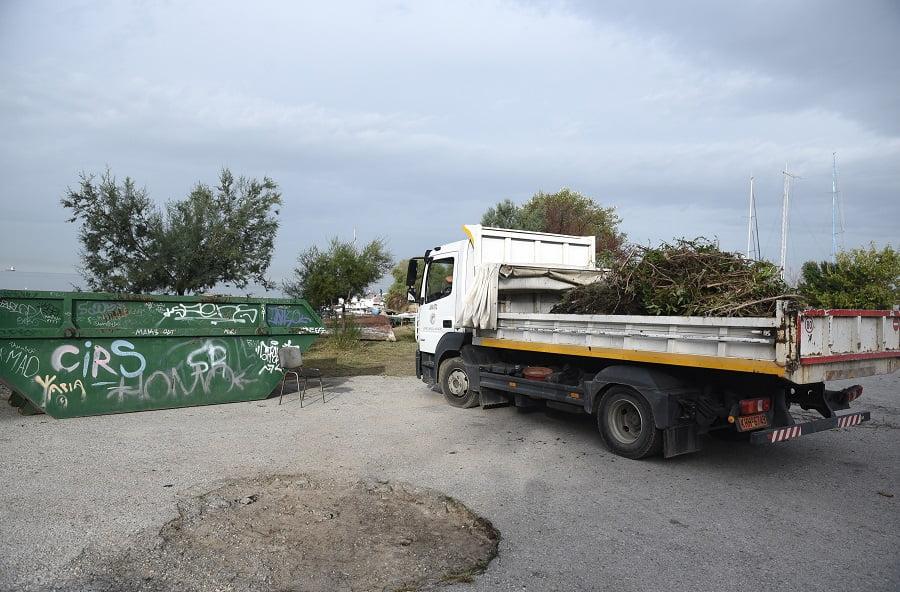 Επιχείρηση καθαρισμού στον Κελλάριο Όρμο στη Θεσσαλονίκη (φωτο), φωτογραφία-1