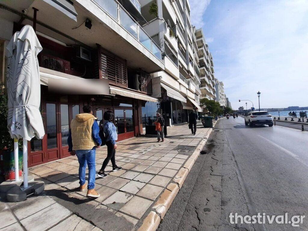Θεσσαλονίκη: Άδειες οι πιάτσες του καφέ μετά το μίνι lockdown – Σε κανονικά επίπεδα η κίνηση σε δρόμους, καταστήματα, φωτογραφία-5