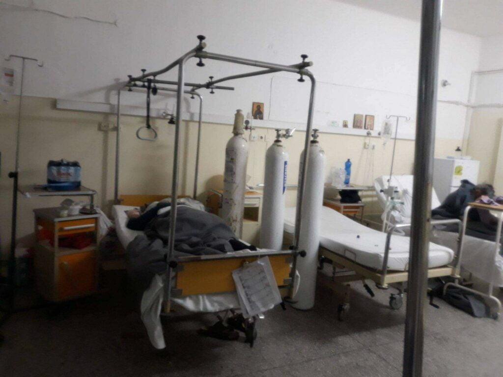 Καταγγελία ΠΟΕΔΗΝ: Ασθενείς με κορωνοϊό νοσηλεύονται μαζί με αρνητικούς σε νοσοκομείο – Η απάντηση της διοίκησης