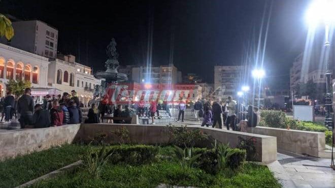 Πάτρα: Το αδιαχώρητο στην πλατεία Γεωργίου έως τα ξημερώματα (pics)