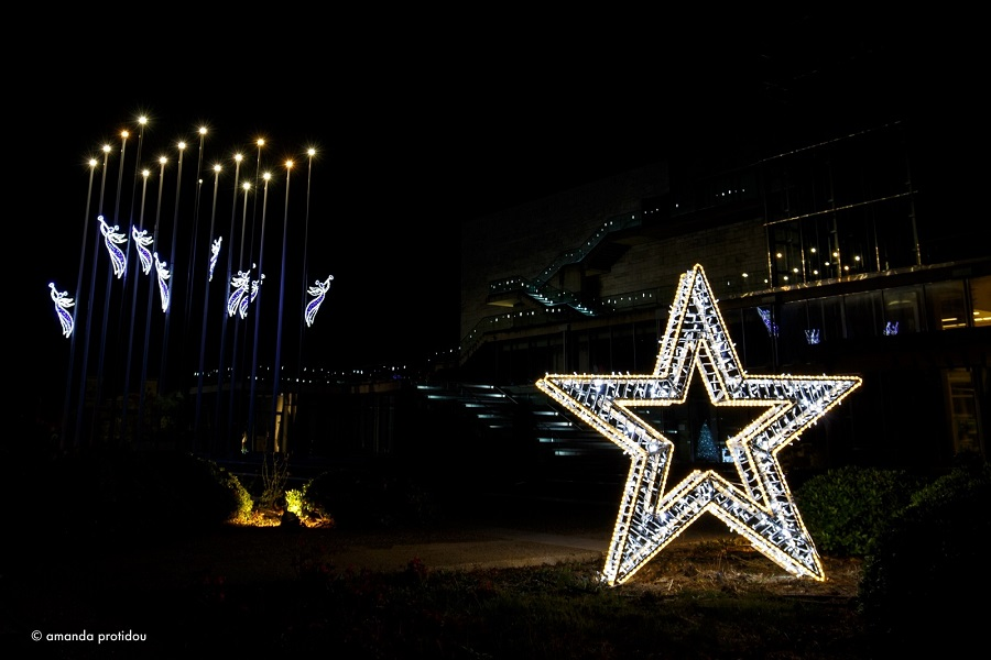 Θεσσαλονίκη: Φωταγωγείται σήμερα το Μέγαρο Μουσικής για τα Χριστούγεννα, φωτογραφία-2