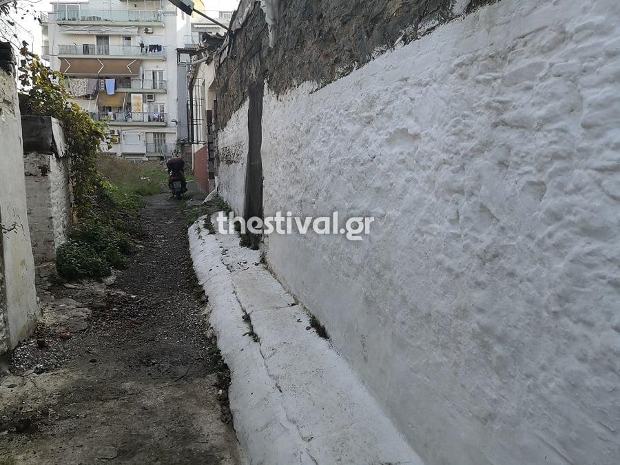Θεσσαλονίκη: 14χρονος και 12χρονη Ρομά Σκότωναν και οι παππούδες φιλούσαν τσίλιες![photos]