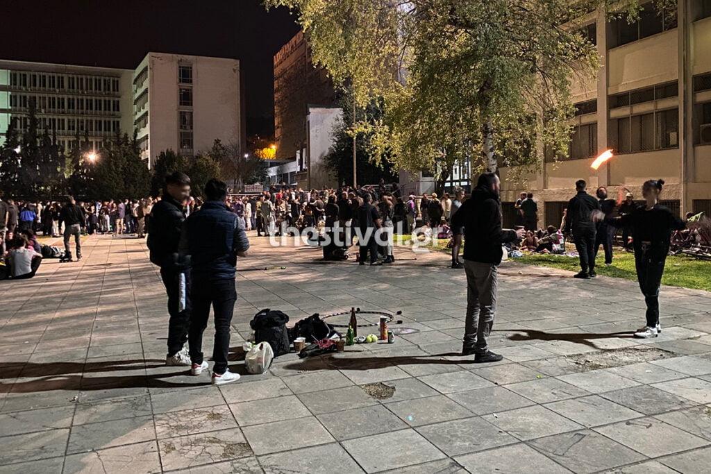 Θεσσαλονίκη: Πάρτυ χιλίων ατόμων στο ΑΠΘ, φωτογραφία-1